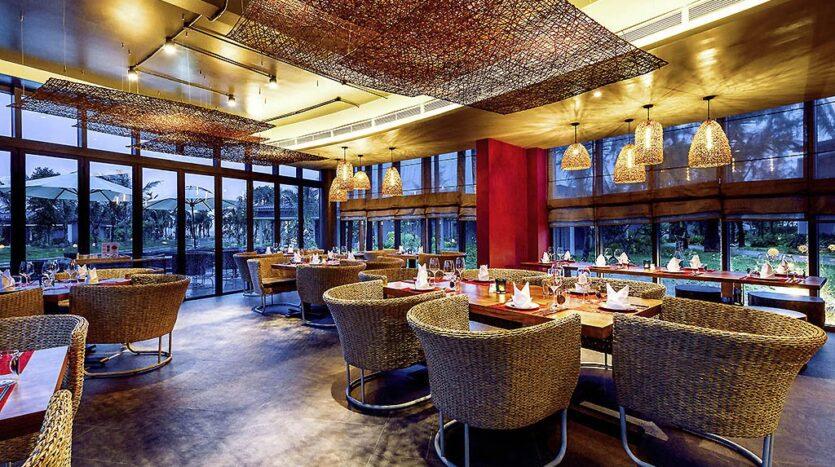 Khu nhà hàng Novotel Phu Quoc Resort